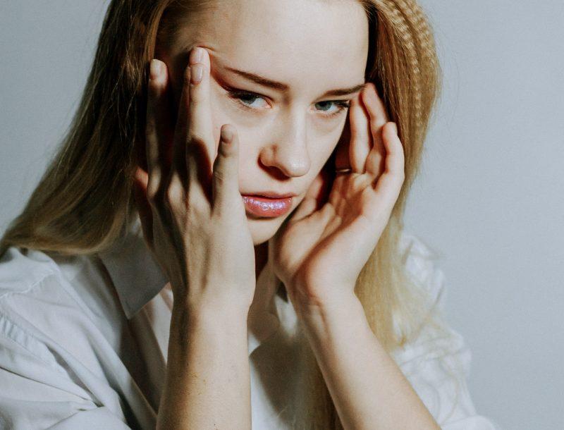 Yoga & Strömen: Kopfschmerzen bei Föhn einfach wegströmen
