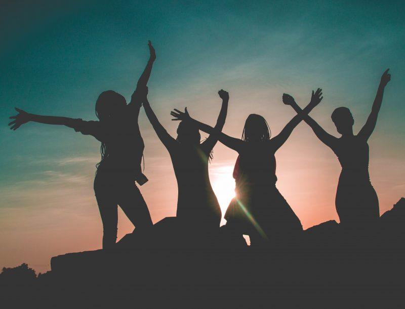 Yoga & Strömen: WELTFRAUENTAG: Feminis-kann statt Feminis-muss